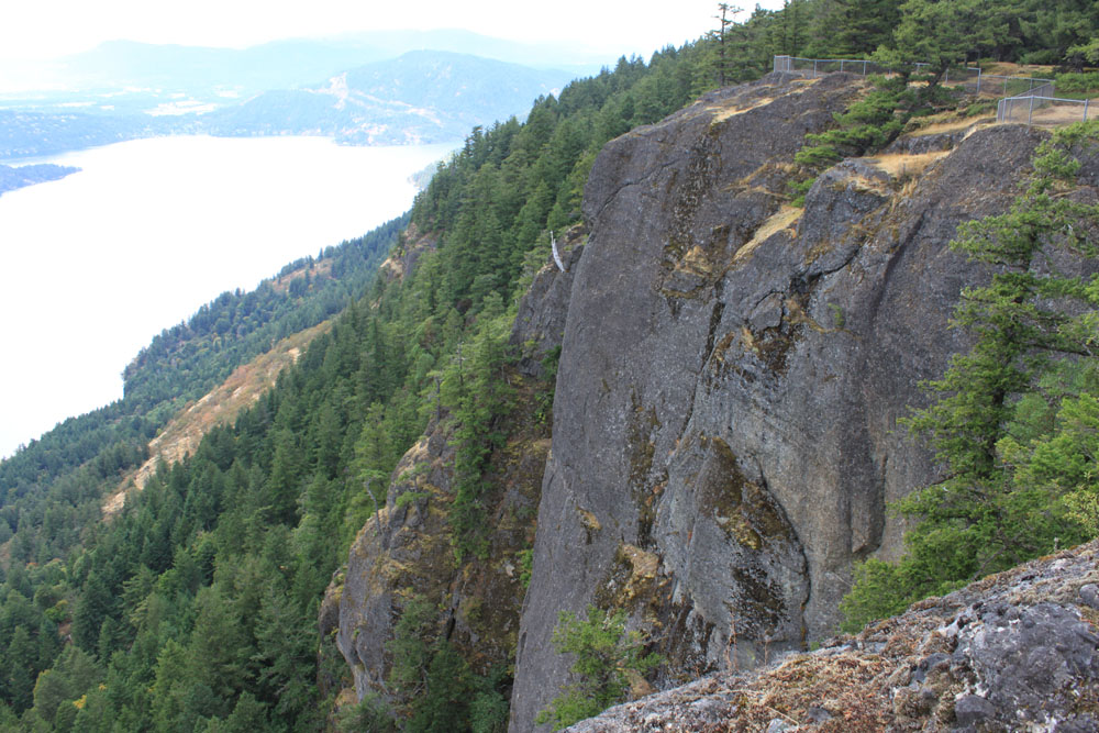 cliff wall oregon